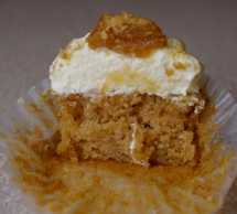 Robicelli's apple cupcake shows its innards.