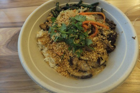 ShopHouse offers rice bowls with either chicken, tofu, steak, or meatballs.