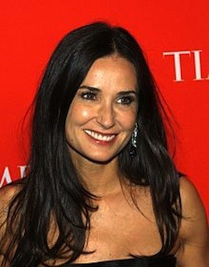 220px_demi_moore_2010_time_100_shankbone