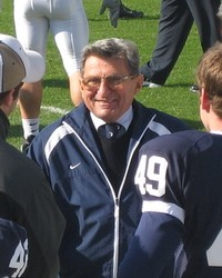 joe_paterno_sideline_psu_illinois_2006_thumb_200x250