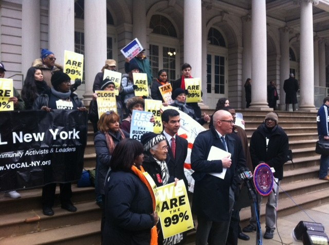 Elected officials and nonprofit groups rallied this morning before the mayor announced his budget.