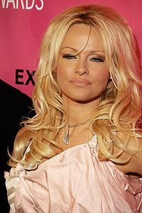 200px_pam_anderson_2009