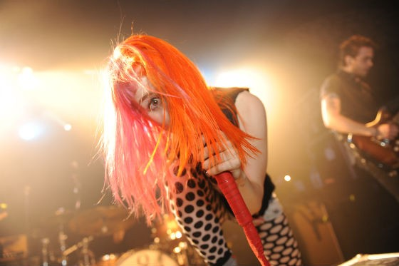 paramoreapprovedcreditiancollins560