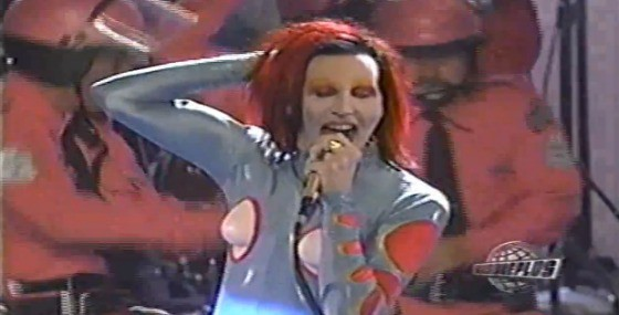 In Defense of the 1998 MTV Video Music Awards   Village Voice