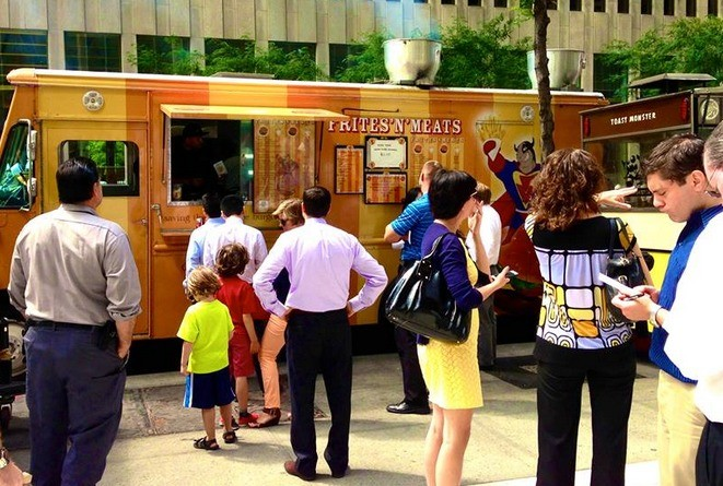 Having difficulty finding a food truck you like? Four Wheel Foodie, a new app, aims to solve that problem.