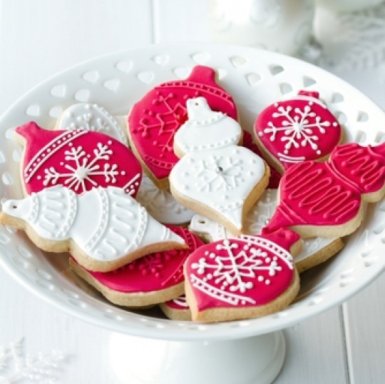 Learn how to decorate your own cookies this holiday season