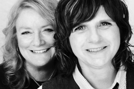 Catch the Indigo Girls at Tarrytown Music Hall this Sunday