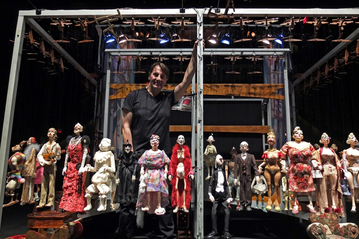 In 'The Daisy Theatre,' Puppeteer Ronnie Burkett Has the