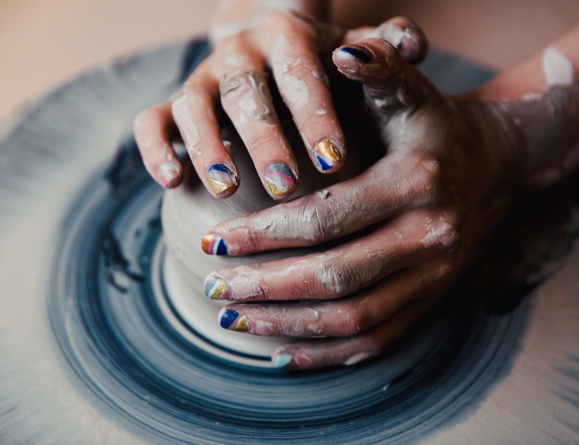 The Setting's Amanda Shine, whose ceramics are handmade in Brooklyn, chooses a manicure with classic lines in bright colors. @thesettingnyc