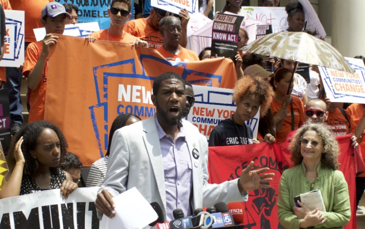 Brooklyn City Council Member Jumaane Williams at a press conference calling for the passage of the Right to Know Act.