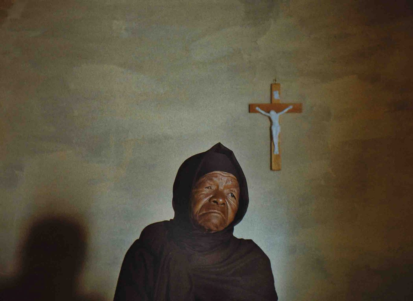 """Mary Twala Mhlongo as Mantoa in """"This Is Not a Burial, It's a Resurrection."""""""